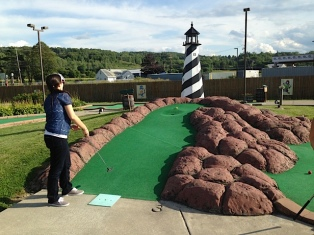 Goldman Wins 1st Annual Mineralized Tissues Mini Golf Invitational